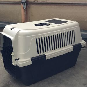 Dog Carrier for Small Dogs (Lightly Used) for Sale in San Ramon, CA