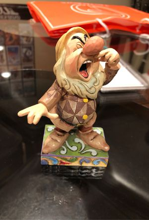 Sneezy Disney showcase collection for Sale in St. Louis, MO