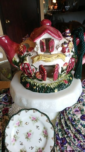 TEA PARTY TIME for Sale in Enumclaw, WA