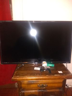 32 inch smart tv in box for Sale in St. Louis, MO