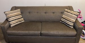 Gray couch for Sale in Hilliard, OH