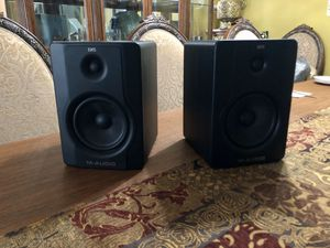 """M-Audio BX5 D2 5"""" Active 2-Way Studio Monitor Speakers for Sale in Tampa, FL"""