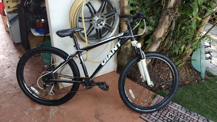 Giant Rincon 26 Inch Mountain Bike for Sale in Pembroke Pines, FL