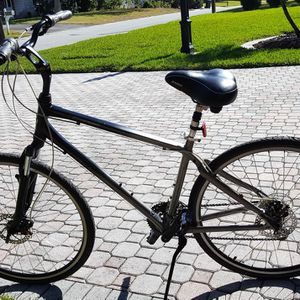 Giant Cypress DX Bicycle for Sale in Dunedin, FL