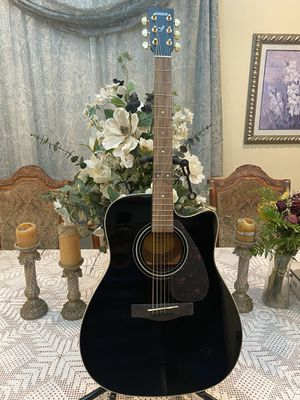black yamaha electric acoustic guitar for Sale in South Gate, CA
