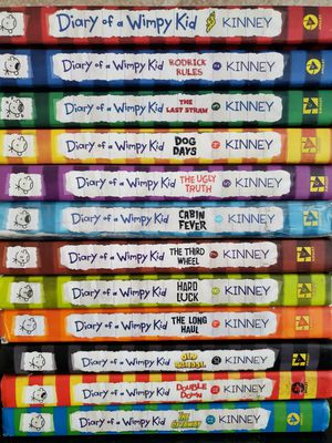 Diariy of a wimpy kids 1-12 book set for Sale in Katy, TX