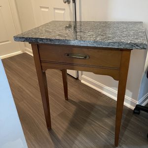 Granite Top Accent Table for Sale in Bailey's Crossroads, VA