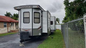 Travel Trailer(RV)Cherokee for Sale in FL, US