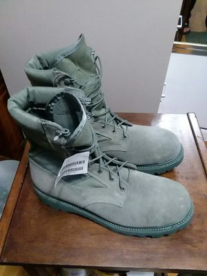 MILITARY BOOTS STEEL TOE SIZE. 11 for Sale in Arlington, VA
