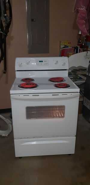 WHIRPOOL ELECTRIC STOVE for Sale in Arlington, TX