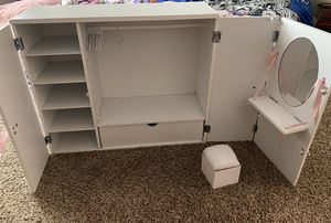 American Girl doll closet for Sale in Rancho Cucamonga, CA