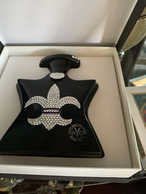 Bond no 9 perfume new in box for Sale in Hickory Hills, IL