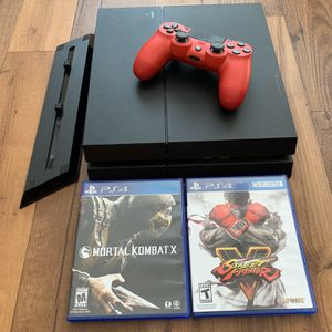 Like New. PS4 Standard with 2x Games and Vertical Stand for Sale in Miami, FL
