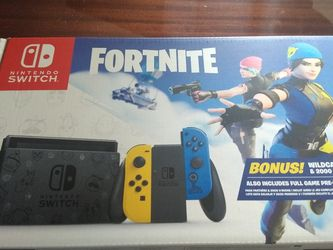 Nintendo Switch Fortnite Includes Wildcat Bundle And 2000 V-BUCKS for Sale in Clearwater,  FL