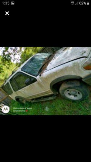 2000 Ford explorer for Sale in Macon, GA