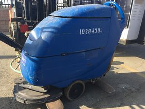 20 inch Floor Scrubber - 2015 Clark Focus II for Sale in Pomona, CA
