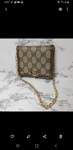 Gucci vintage wallet WOC for Sale in Brooklyn, NY