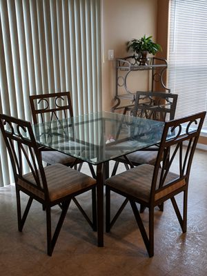 Dinning Set for Sale in Saint Charles, MD