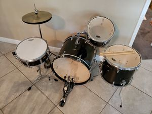 5 piece drum set - $150 OR BEST OFFER for Sale in Tampa, FL