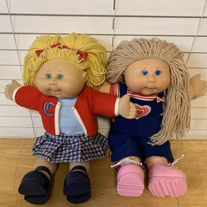 Set Of (2) Yarn Hair Cabbage Patch Kids for Sale in Apple Valley, CA