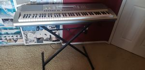 Casio WK-200 piano keyboard for Sale in Moreno Valley, CA