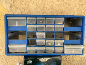 Organizer FREE for Sale in Strathmore, CA