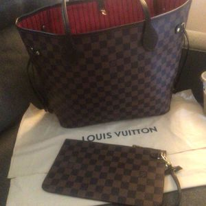 Louis Vuitton Neverfull Mm for Sale in Temecula, CA