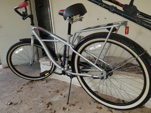 Schwinn Cruiser Bike, Like New, Ceramic Coated to protect paint for Sale in Fort Lauderdale, FL