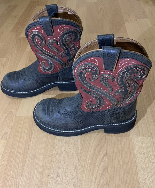 Ariat Gembaby Jazz Western Ankle Booties women US Size 7B Black/Barn Red Shoes