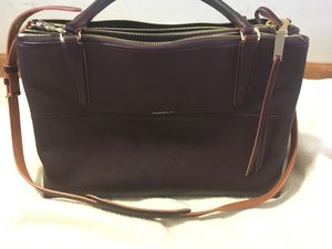 Like new authentic Coach purse! for Sale in Fort Wayne, IN