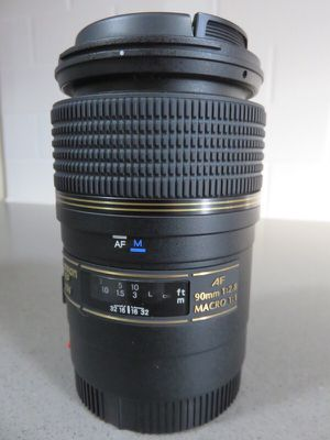 Tamron AF 90mm f/2.8 Di Macro Lens for Canon for Sale in New York, NY