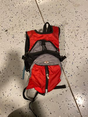 Wenger Light Weight Hiking backpack with drinking tube for Sale in Fort Worth, TX