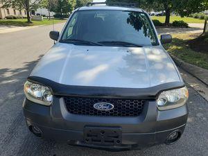 2006 Ford Escape 4WD for Sale in Richmond, VA