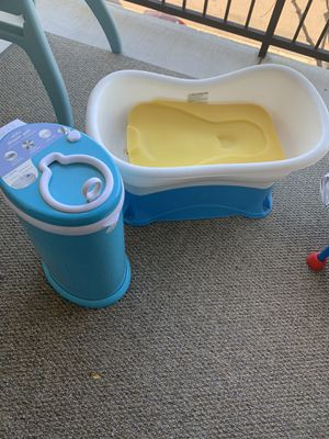 Diaper Pail, Light Blue baby Bath Tub only used two or three time like new condition for all $40. for Sale in San Diego, CA