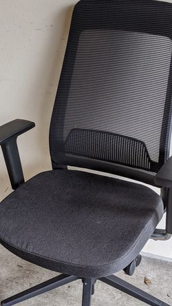 Fully desk chair (brand new) for Sale in Seattle,  WA
