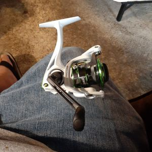 Lews Mach I Spinning reel New for Sale in Houston, TX