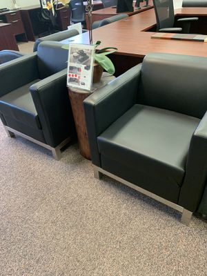 Compose reception seating for Sale in Tigard, OR