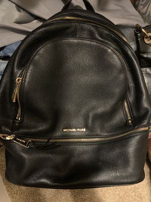 Michael Kors Black Leather Backpack Purse for Sale in Riverview, FL
