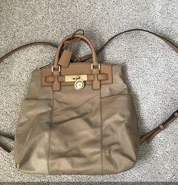 Michael Kors Hamilton Nylon LG Backpack Black for Sale in Alexandria,  VA
