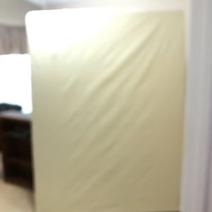 FREE Queen Size Box Spring for Sale in Wesley Chapel, FL