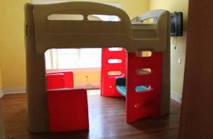 Twin bed / playhut for Sale in Marion, IN