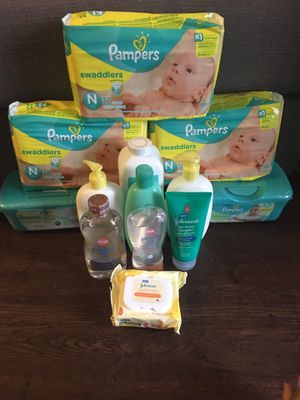 Newborn Pampers Bundle for Sale in The Colony, TX