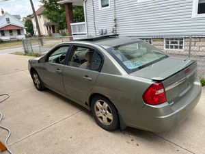 2004 Chevy Malibu 3.5 for Sale in Cleveland, OH