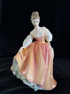 Fair Lady by Royal Doulton HN 2835 lady in peach dress for Sale in South Hill, WA