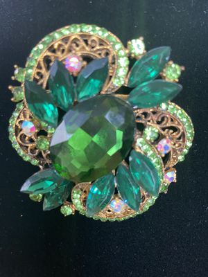 Large Vintage Green Glass Brooch for Sale in New York, NY