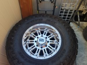 """8x170 18"""" KMC HD Hoss on 37s for Sale in Chino, CA"""