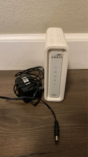 Arris SB6141 Cable Modem by Motorola Like New download speed up to 343 mbps for Sale in Torrance, CA