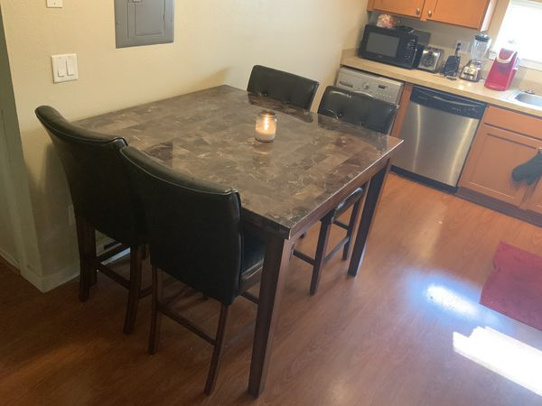 Kitchen/Dining Room Table w/ Chairs Counter Height