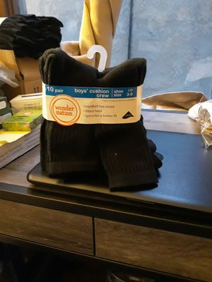 10 pair boys' cushion crew socks for Sale in Lynwood, CA