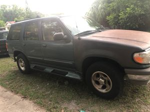 95 Ford Explorer $600 for Sale in Tampa, FL